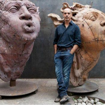 هنرمند معصر مکزیکی